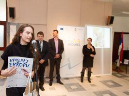 Srednjoškolci predstavljaju Evropu na kalendaru Evropskog PROGRESa za 2015. godinu