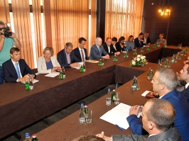 Benedikt  EU će nastaviti podršku razvoju jugoistočne Srbije
